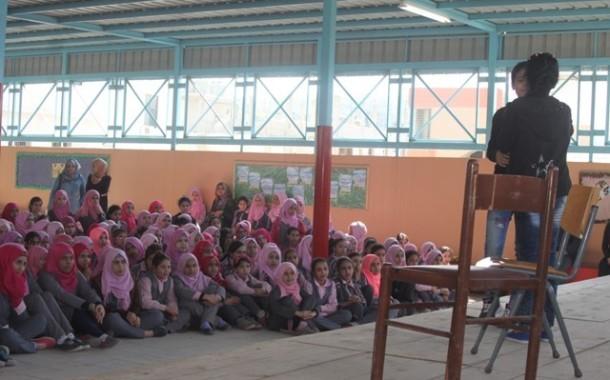 نادي بنات فلسطين ينظم مسرحية عن الصداقة في مدرسة الفالوجا