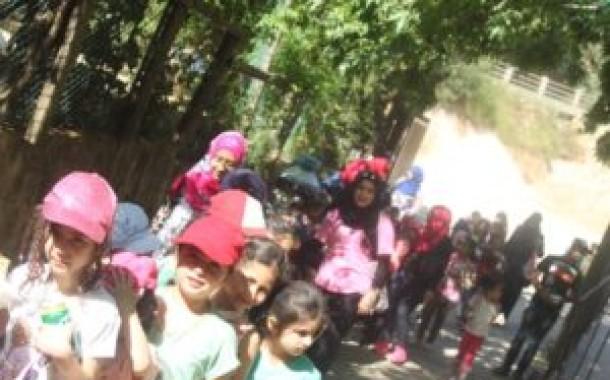 كشافة ناشط تشارك مدرسة الفالوجة رحلتها السنوية